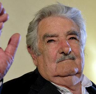 José Mujica en el lanzamiento de su libro en Roma (archivo)
