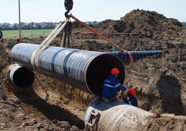 Construcción de un gasoducto (archivo)