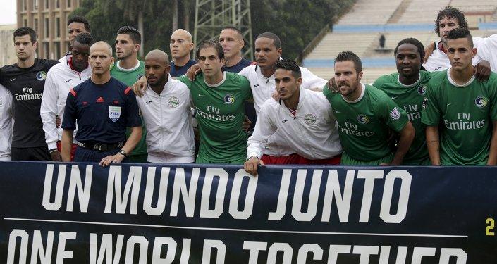 Futbolistas cubanos y estadounidenses
