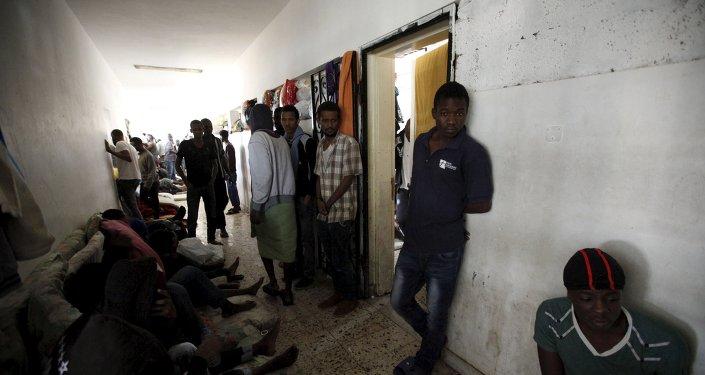 Mogherini discute operación de migración con cancilleres de Gran Bretaña, Italia y Libia
