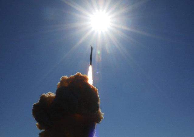 Lanzamiento de un misil estadounidense
