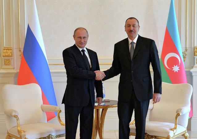Presidente de Rusia, Vladímir Putin y presidente de Azerbaiyán, Iljam Alíev