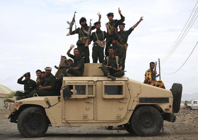 Soldados de las Fuerzas Armadas de Yemen
