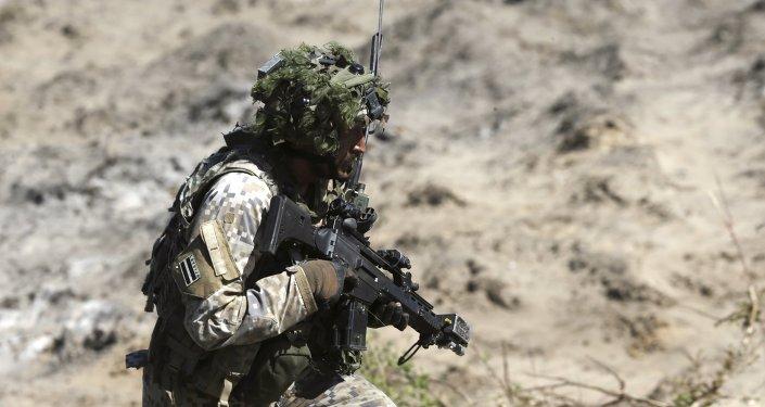 Un militar de la OTAN en Letonia (imagen referencial)