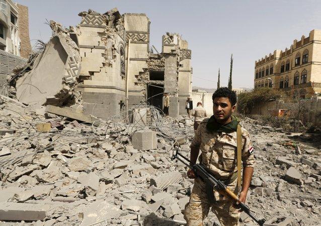 Militante hutí en Saná, Yemen, el 15 de junio, 2015