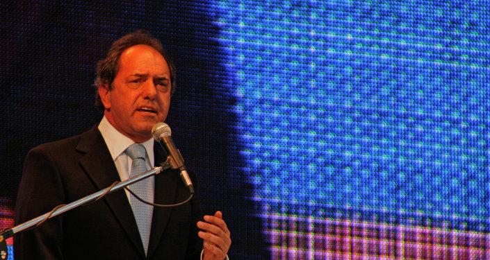 Daniel Osvaldo Scioli, precandidato por el Frente para la Victoria