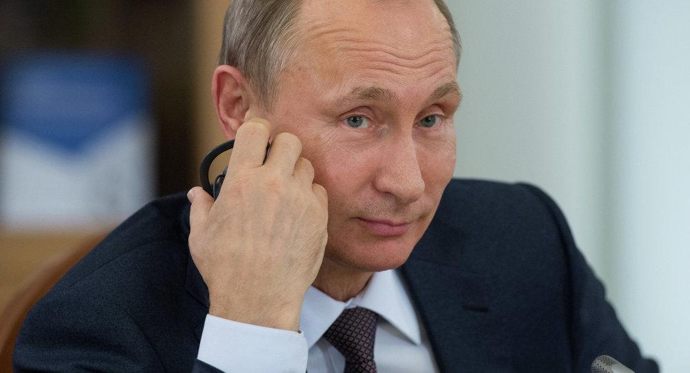 El presidente de Rusia, Vladimir Putin, durante una reunión con los líderes de las agencias de noticias más importantes del mundo