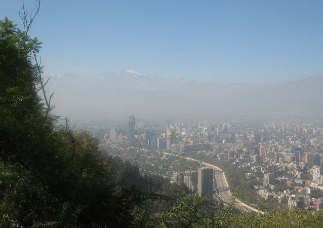 Declaran emergencia ecológica por smog en Santiago de Chile