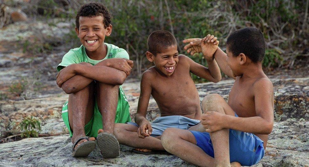 Niños brasileños