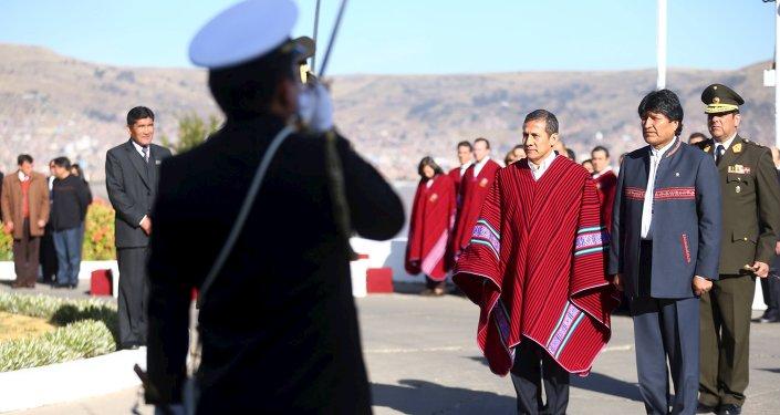 Los presidentes Evo Morales, de Bolivia, y Ollanta Humala, de Perú en Puno