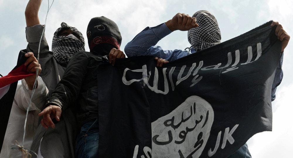 Militantes del grupo yihadista Daesh