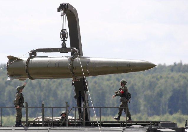 Sistema de misiles tácticos Iskander