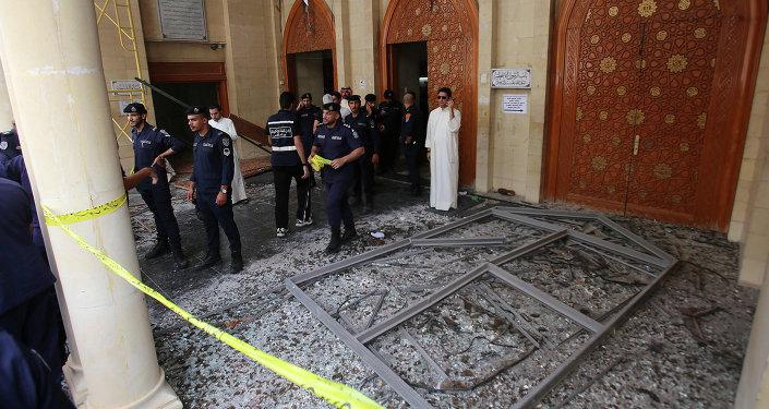 Fuerzas de seguridad kuwaitíes una mezquita chií