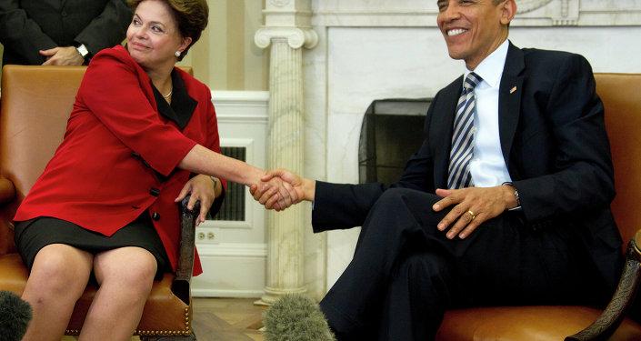 El presidente de EEUU, Barack Obama, se reúne con la presidente de Brasil, Dilma Rousseff, en la Casa Blanca en Washington, 2012