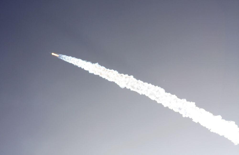 El cohete Falcon 9 explota tras despegar desde Cabo Cañaveral