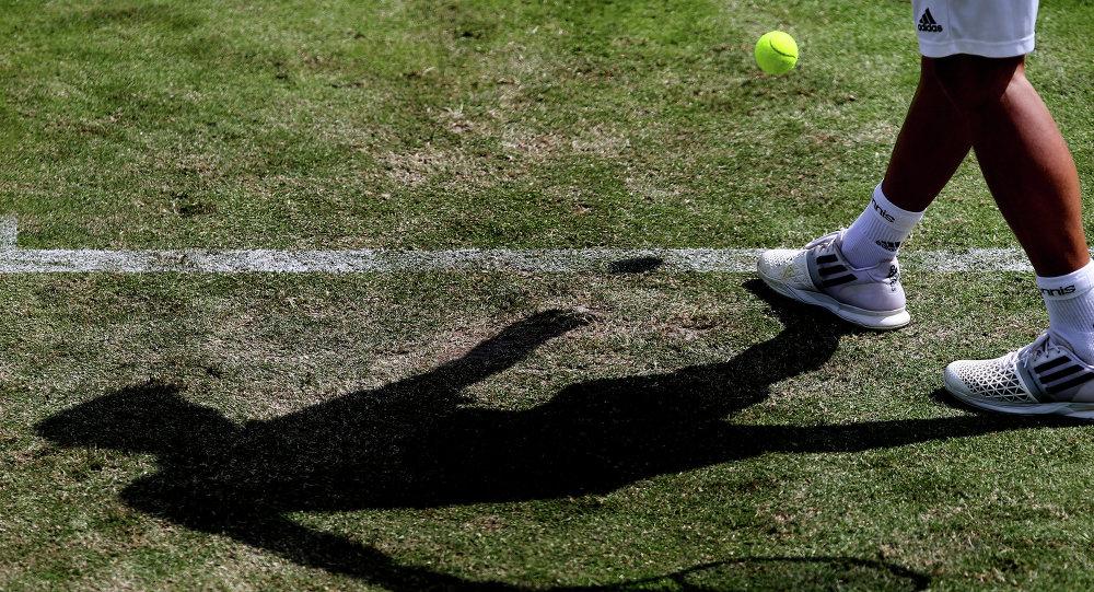 Un juego de tenis (archivo)