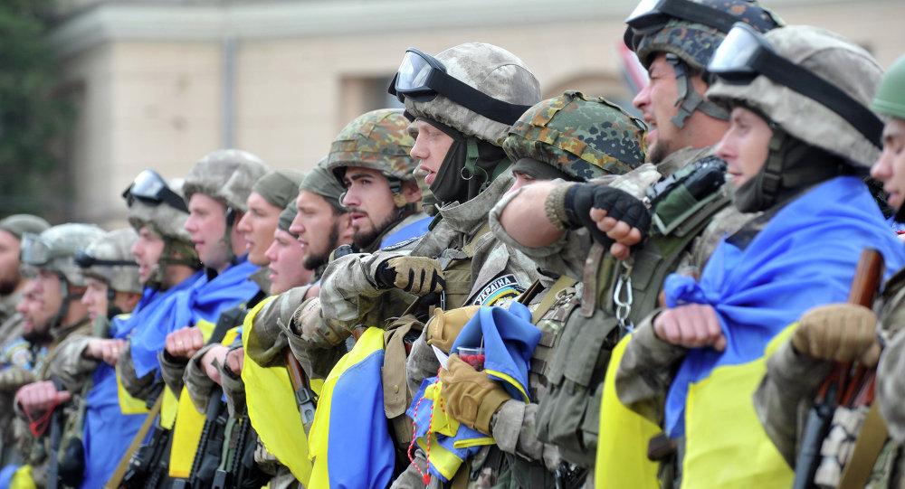 Militantes del Cuerpo Este del Ministerio de Asuntos Interiores de Ucrania, el 30 de junio, 2015