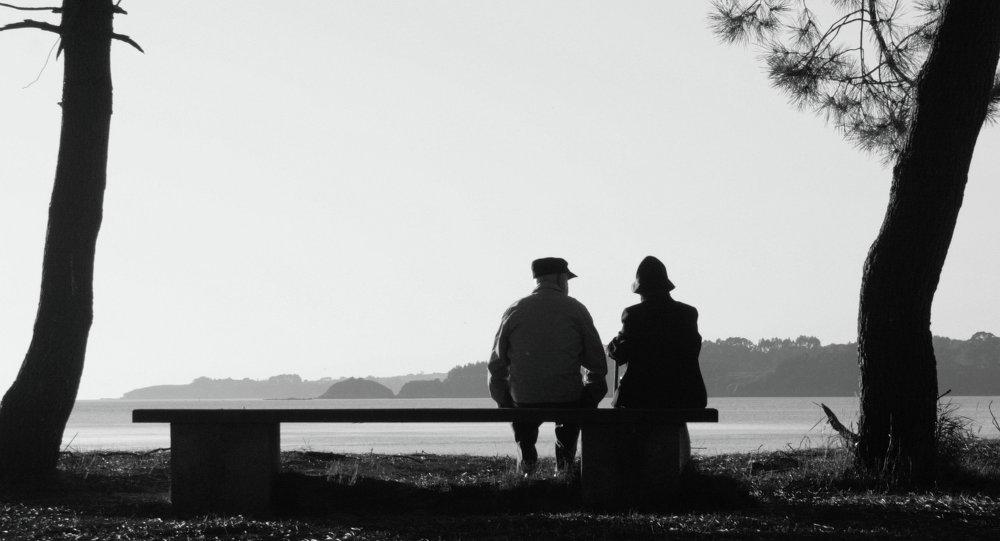 Mujer de 92 años se escapa de hogar de ancianos para verse con su amado