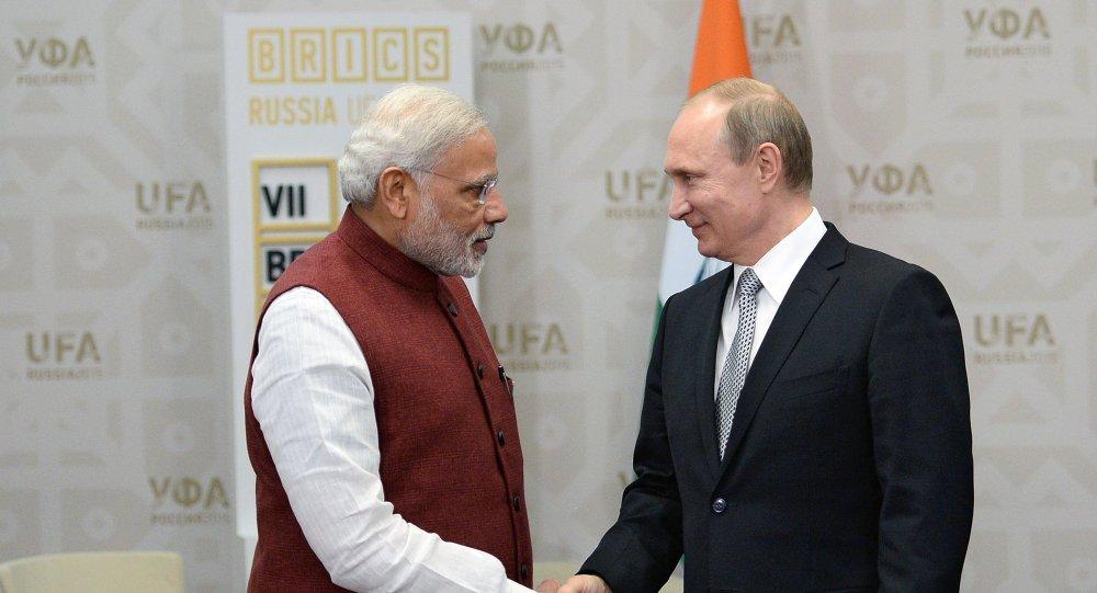 Primer ministro de la India, Narendra Modi, y presidente de Rusia, Vladímir Putin (archivo)