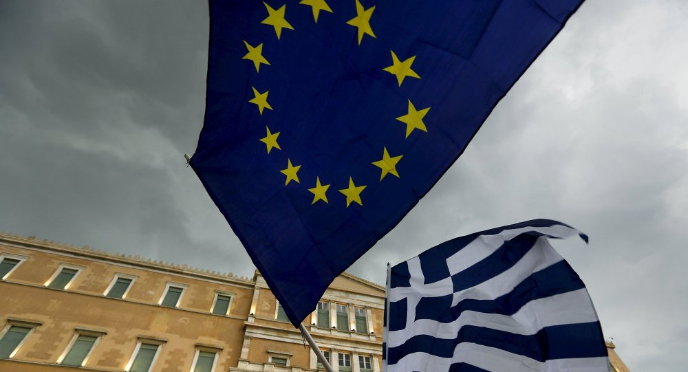 Banderas de la UE y Grecia