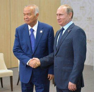 Islam Karímov, presidente de Uzbekistán, y Vladímir Putin, presidente de Rusia, durante la entrevista en Ufá, el 10 de julio, 2015