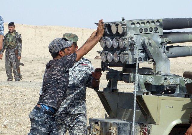 Ejército iraquí ataca las posiciones de Daesh cerca de Ramadi