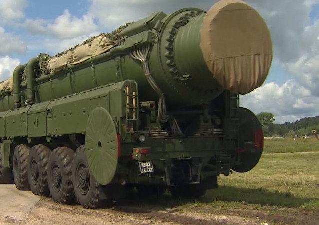 Ejército ruso realiza con éxito entrenamiento con misiles