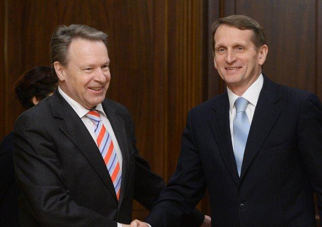 Presidente de la Asamblea Parlamentaria de la OSCE, Ilkka Kanerva y presidente de la Duma de Estado de Rusia, Serguéi Naríshkin (Archivo)