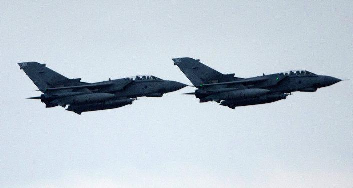 Cazas Tornado de la Real Fuerza Aérea (RAF) británica (imagen referencial)