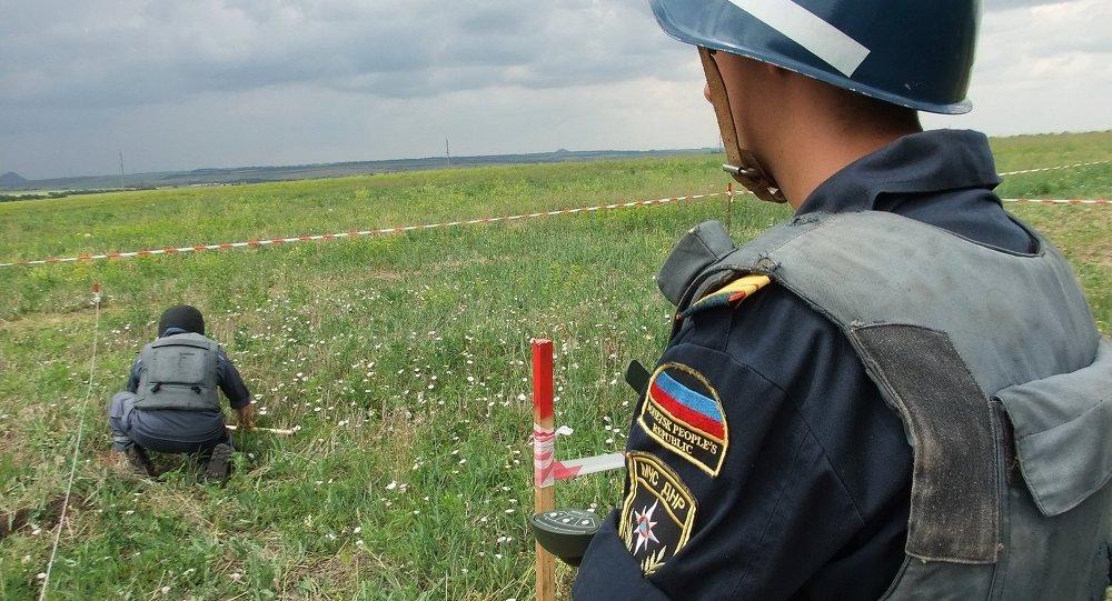 Milicias en el lugar del siniestro del MH17 en el este de Ucrania