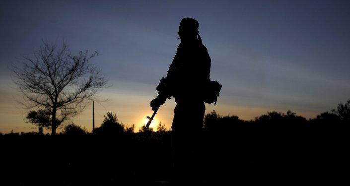 Soldado ucraniano en Donbás
