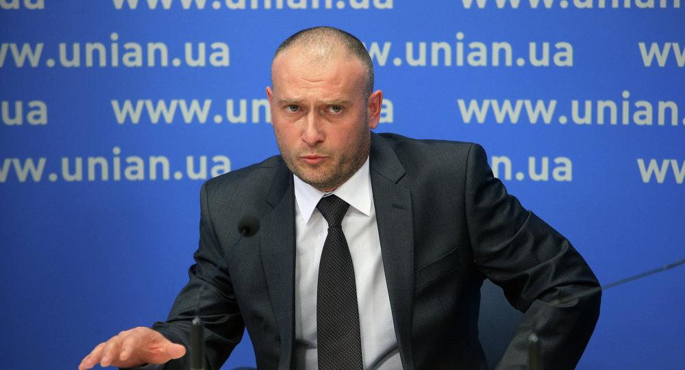 Dmitri Yarosh, líder de Pravy Sektor