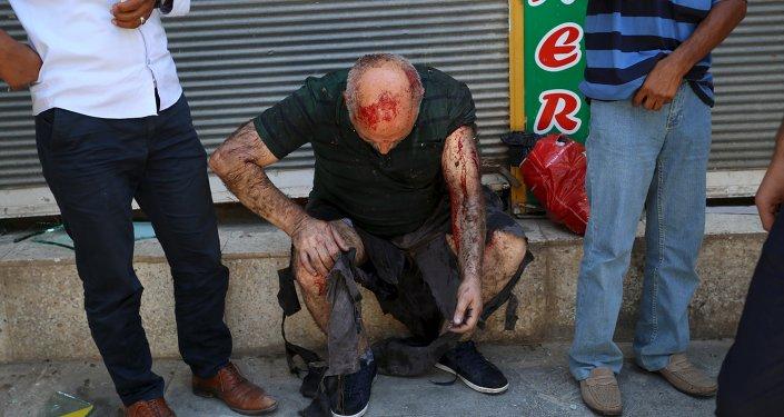 Un hombre herido en el atentado de Suruc