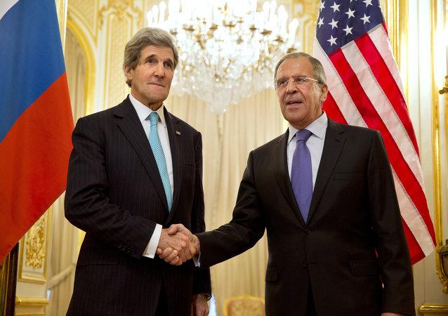 John Kerry, secretario de Estado de EEUU, y Serguéi Lavrov, ministro de Asuntos Exteriores de Rusia