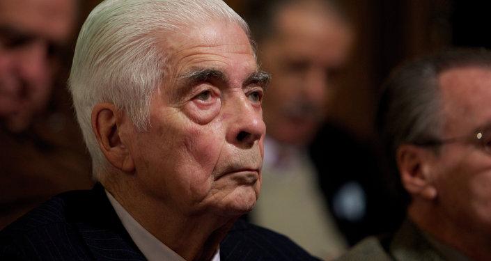 Luciano Benjamín Menéndez (archivo)