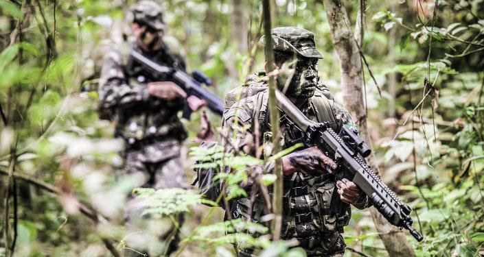 Soldados del Ejército Brasileño en la selva (archivo)