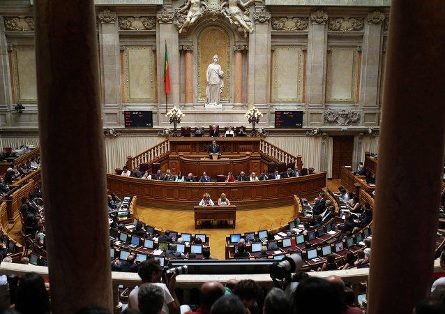 Los problemas de Portugal radican en su sumisión a la deuda