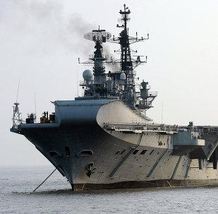 El portaviones indio INS Viraat