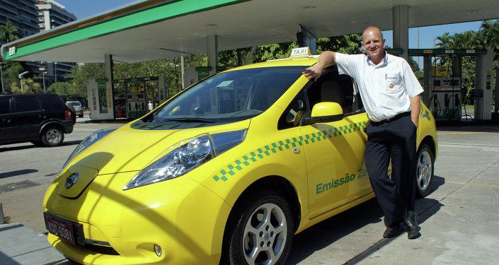 Más de 10.000 taxistas de Río aprenderán inglés para los Juegos Olímpicos