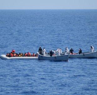 Al menos 40 inmigrantes mueren en naufragio en el Mediterráneo
