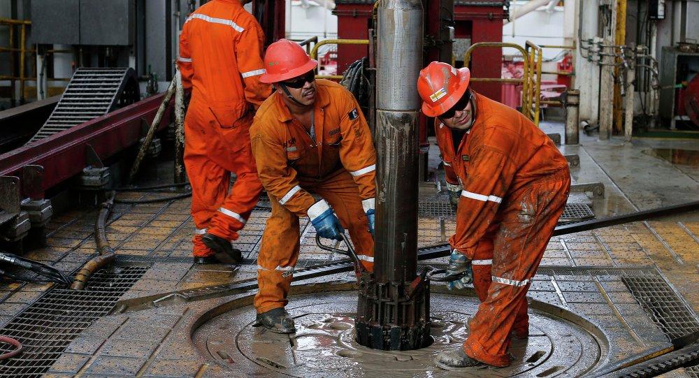 Extracción de petróleo en México (archivo)