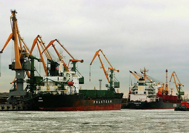 EEUU se une a Alemania que investiga corruptelas en puerto de San Petersburgo