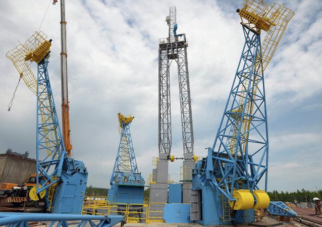 Roscosmos aplaza hasta 2025 lanzamiento de vuelo pilotado desde cosmódromo Vostochni
