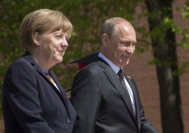 Angela Merkel, canciller de Alemania, y Vladímir Putin, presidente de Rusia (archivo)