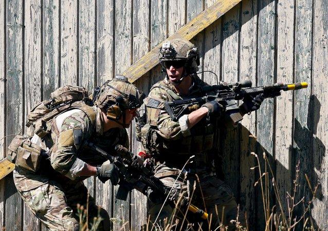 Soldados estadounidenses durante las maniobras