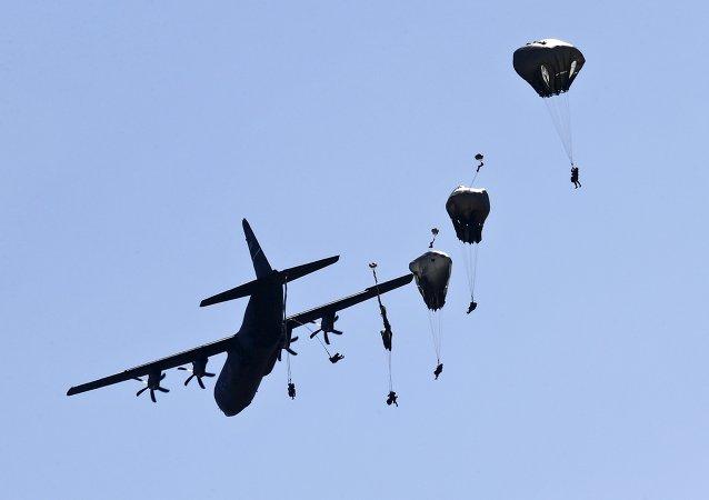 Paracaidistas del Ejército de EEUU (archivo)