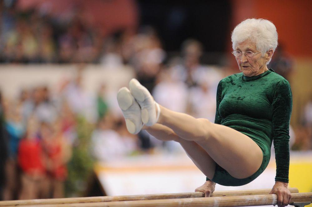 Una jubilada de Alemania, Johanna Quaas, entró en el Libro Guinness a la edad de 86 años como la gimnasta más anciana