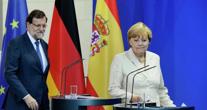 El presidente del Gobierno de España, Mariano Rajoy, y canciller de Alemania, Angela Merkel