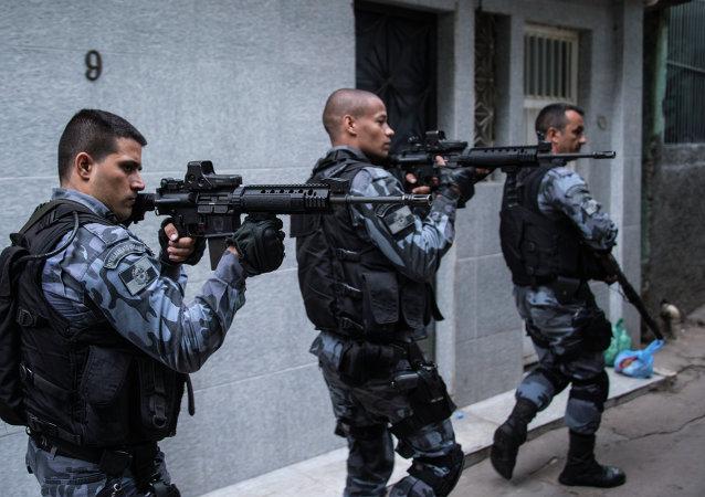 Policía militar en Río de Janeiro