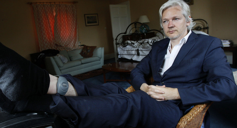 Assange hace campaña en twitter por el derecho de autodeterminación de Cataluña